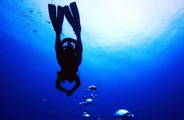 DPV Diving in Grand Cayman
